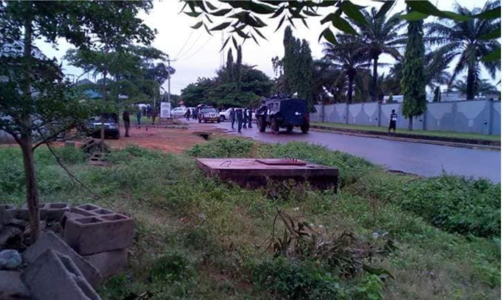 BREAKING: Armed Security Men Take Over Benue House Of Assembly