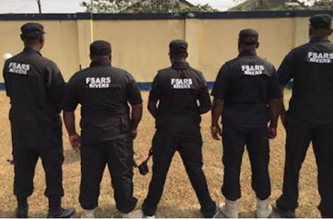 Policeman Shoots SARS Operative Dead