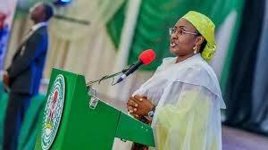 Aisha Buhari finishes APC, names their sins