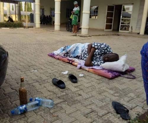 Dino Melaye sleeps On bare floor outside DSS office