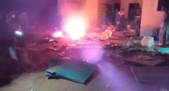 #Election2019Violence: Hoodlums attack INEC office in Osun