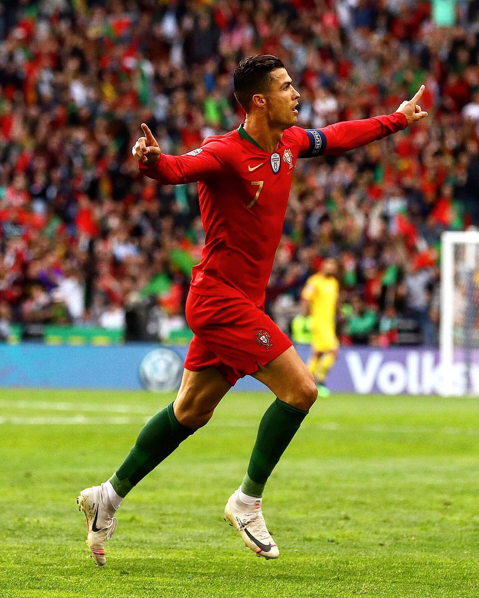 Cristiano Ronaldo performs another magic to push Portugal to finals (video)