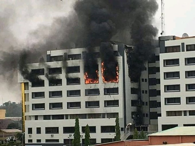BREAKING: Office of the Accountant General of the Federation on fire in Abuja(video)
