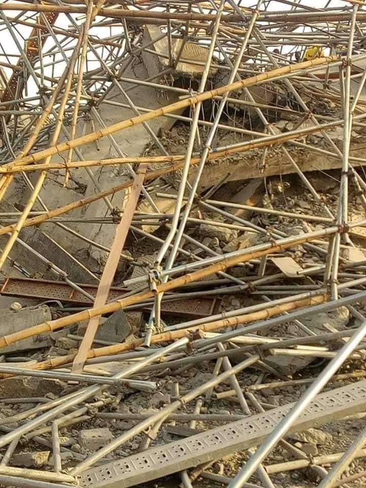 8 Storey Building collapses in Owerri, Over 40 persons trapped (pictures, Video)