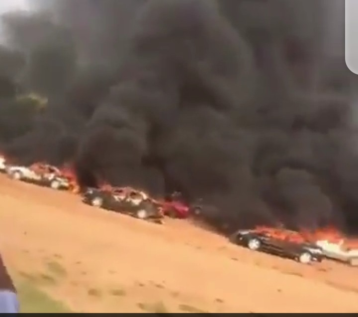 #EndSAR : Plenty Cars burnt in Abuja (video)