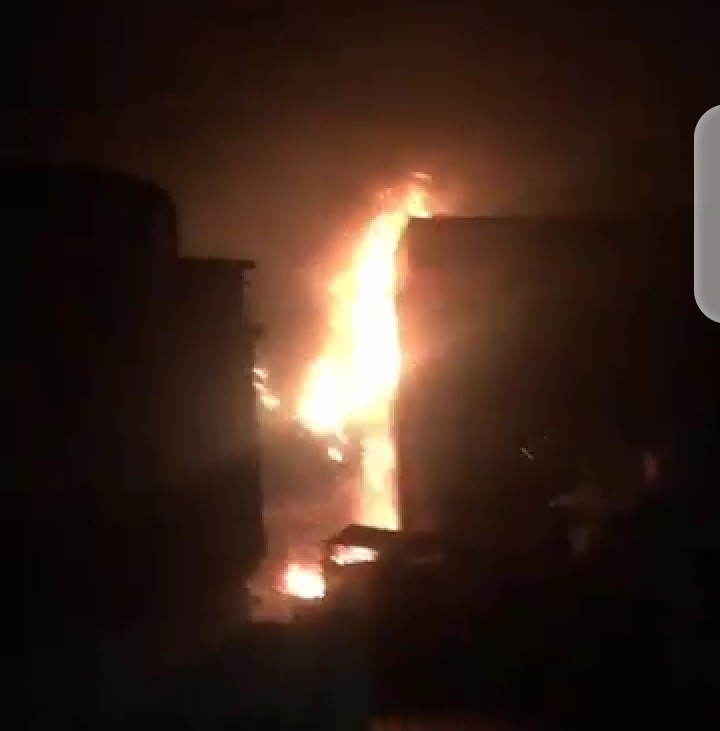 #EndSARS : Gtbank in Lekki razed down (video)