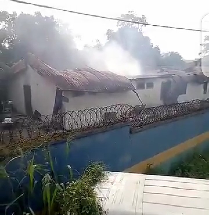 Nnewi CPS razed down by fire (video)