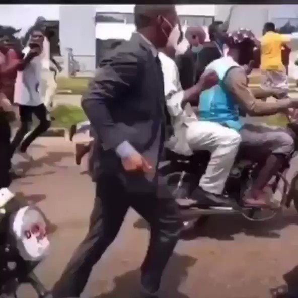 """Governor made to use """"okada"""" as protesters block road (video)"""
