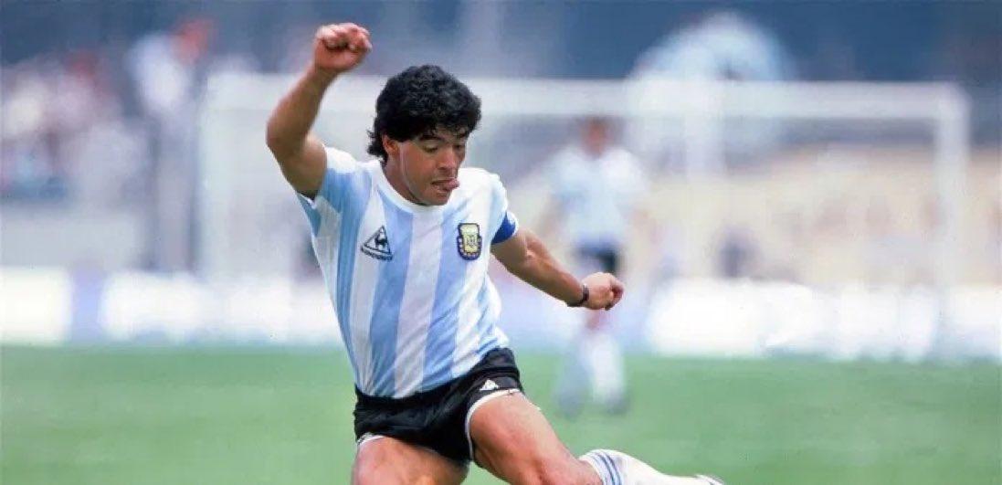 Breaking : Diego Maradona is dead