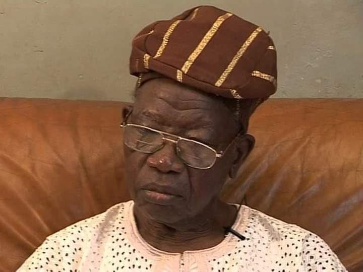 Breaking : Lateef Jakande is dead