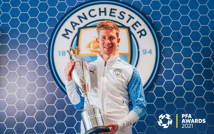Kevin De Bruyne equals Cristiano Ronaldo and Thierry Henry with PFA Player of the Year double