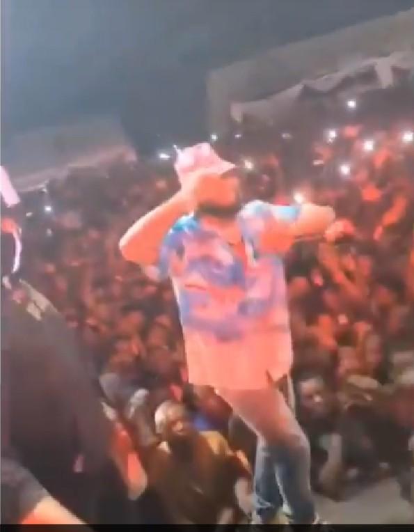 Davido converts Obi Cubana mum's burial to a show (video)