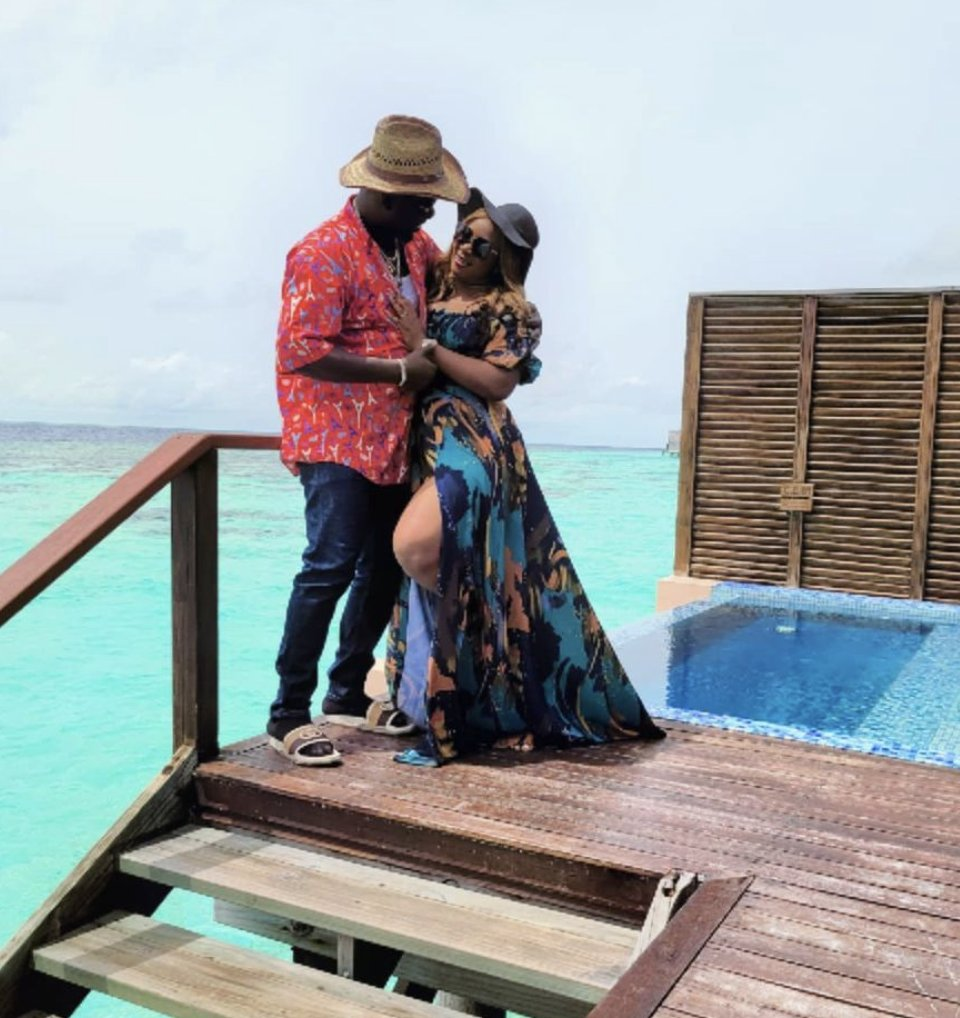 Obi Cubana and Wife Jet to Maldives (pictures)