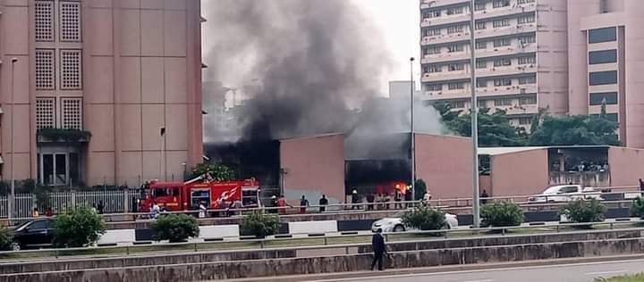 Federal secretariat Abuja on fire (images)